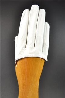 ladies nappa finger gloves, not lined, white